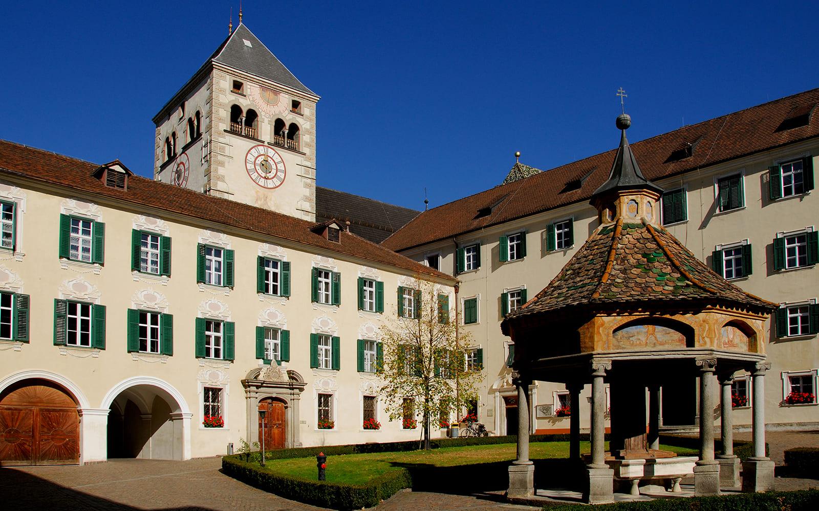 Residence Nives - Museum