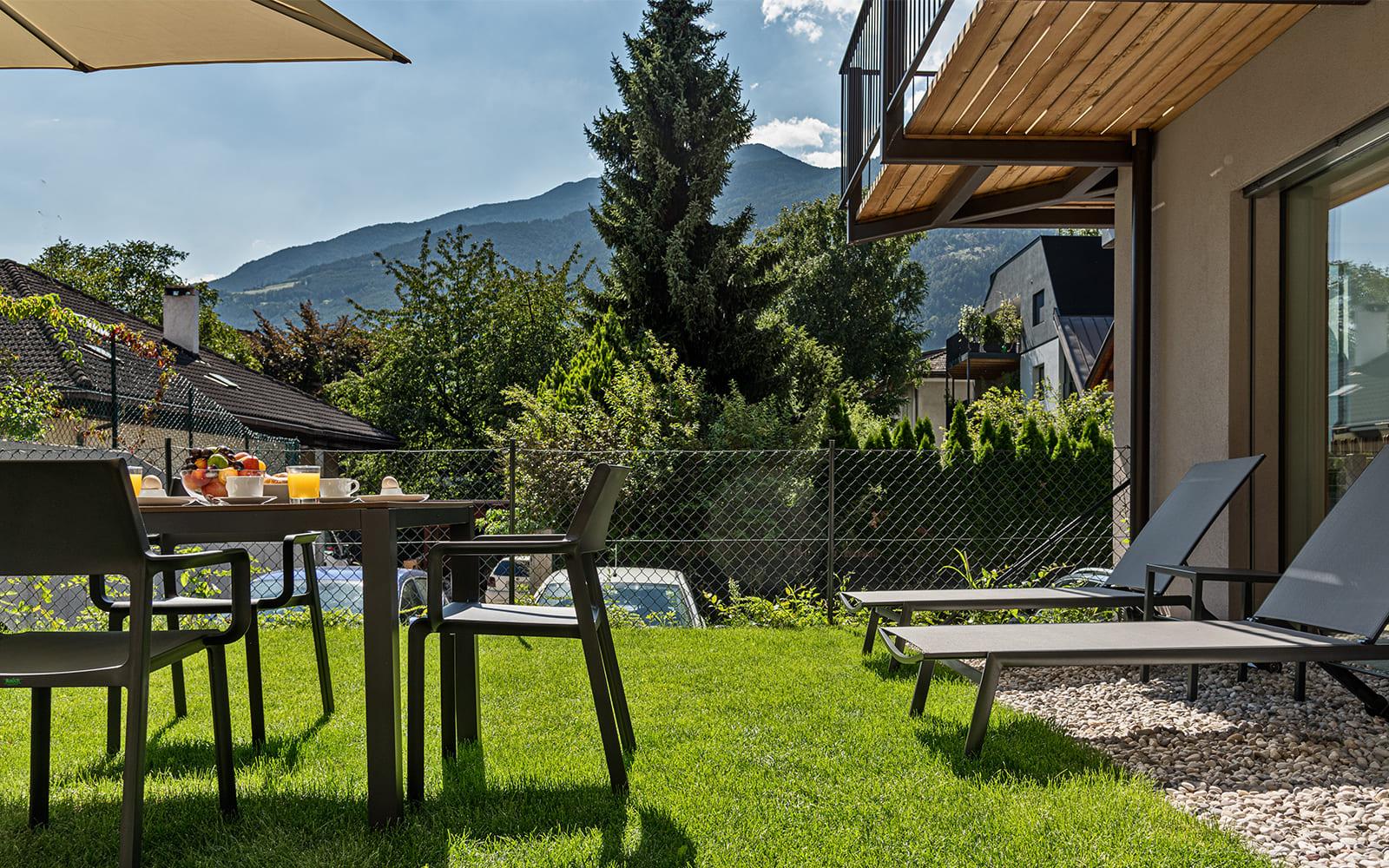Residence Nives - Studio mit Balkon